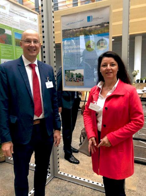 MIRO repräsentiert Branche bei BMU-Ausstellung: An der Veranstaltung nahmen die MIRO-Geschäftsführer Christian Haeser und Susanne Funk teil.